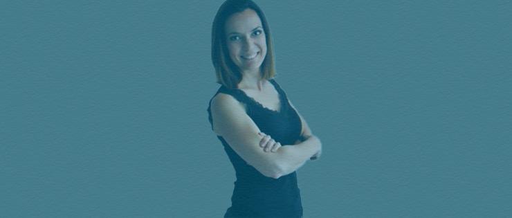 Gislaine, notre Office Manager Brésilienne